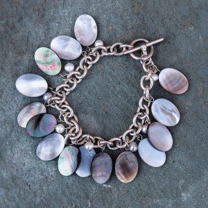 mother-of-pearl-disc-bracelet