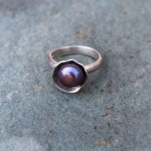 silver-pearl-ring-10
