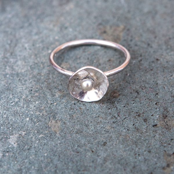 silver-pearl-ring-one