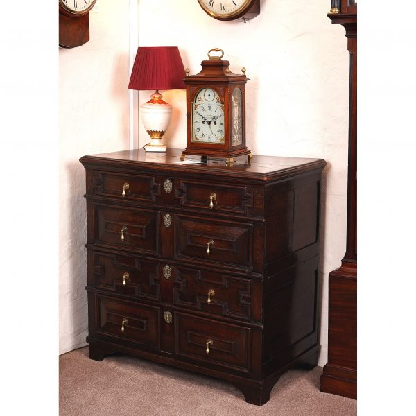 oak chest of drawers 17th century