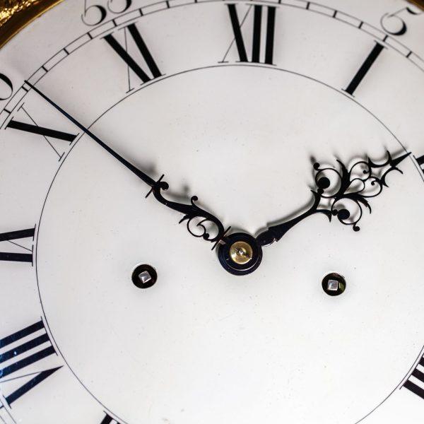 mudge-dutton-mahogany-longcase-clock-dial