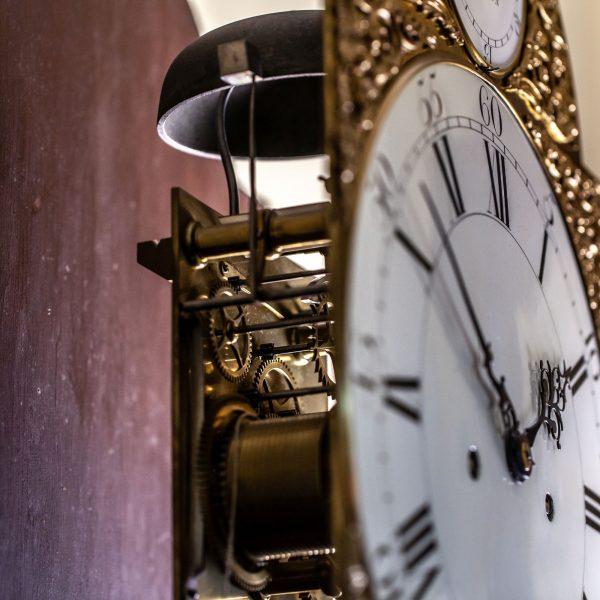 mudge-dutton-mahogany-longcase-clock-movement